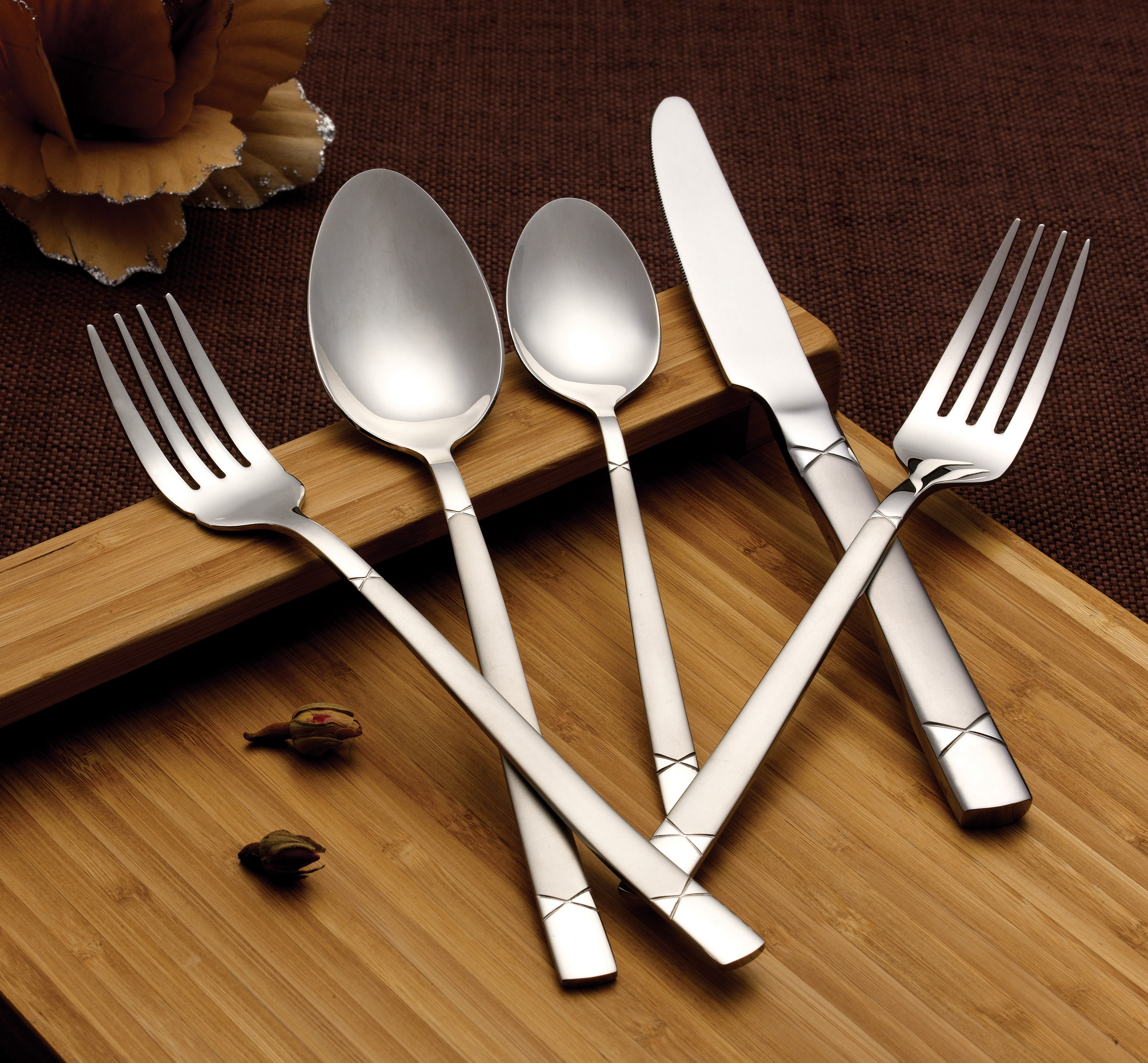 20 Piece 18 10 Flatware Set Service For Mirror And Satin